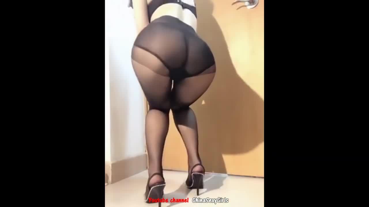 熟女美臀连裤袜慢摇广场舞 Chinese Milf Sexy Dance