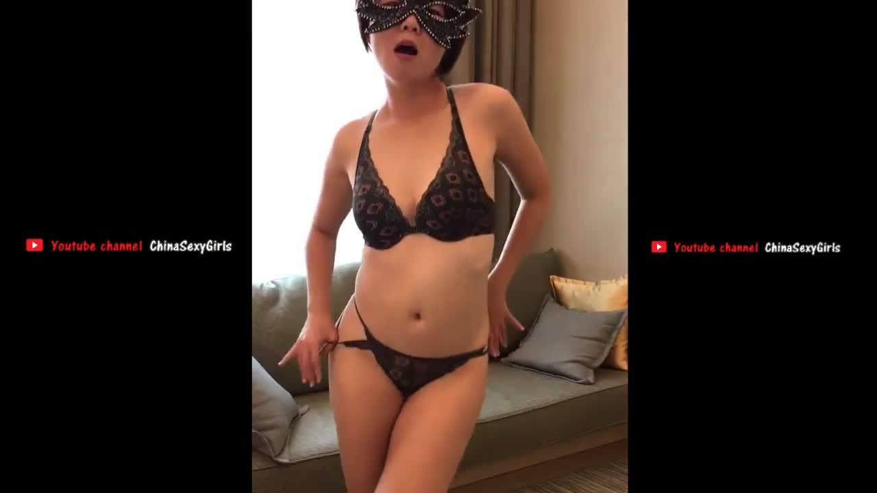 熟女人妻少妇 内衣丁字裤性感脱衣舞 CHINESE WIFE SEXY STRIP DANCE