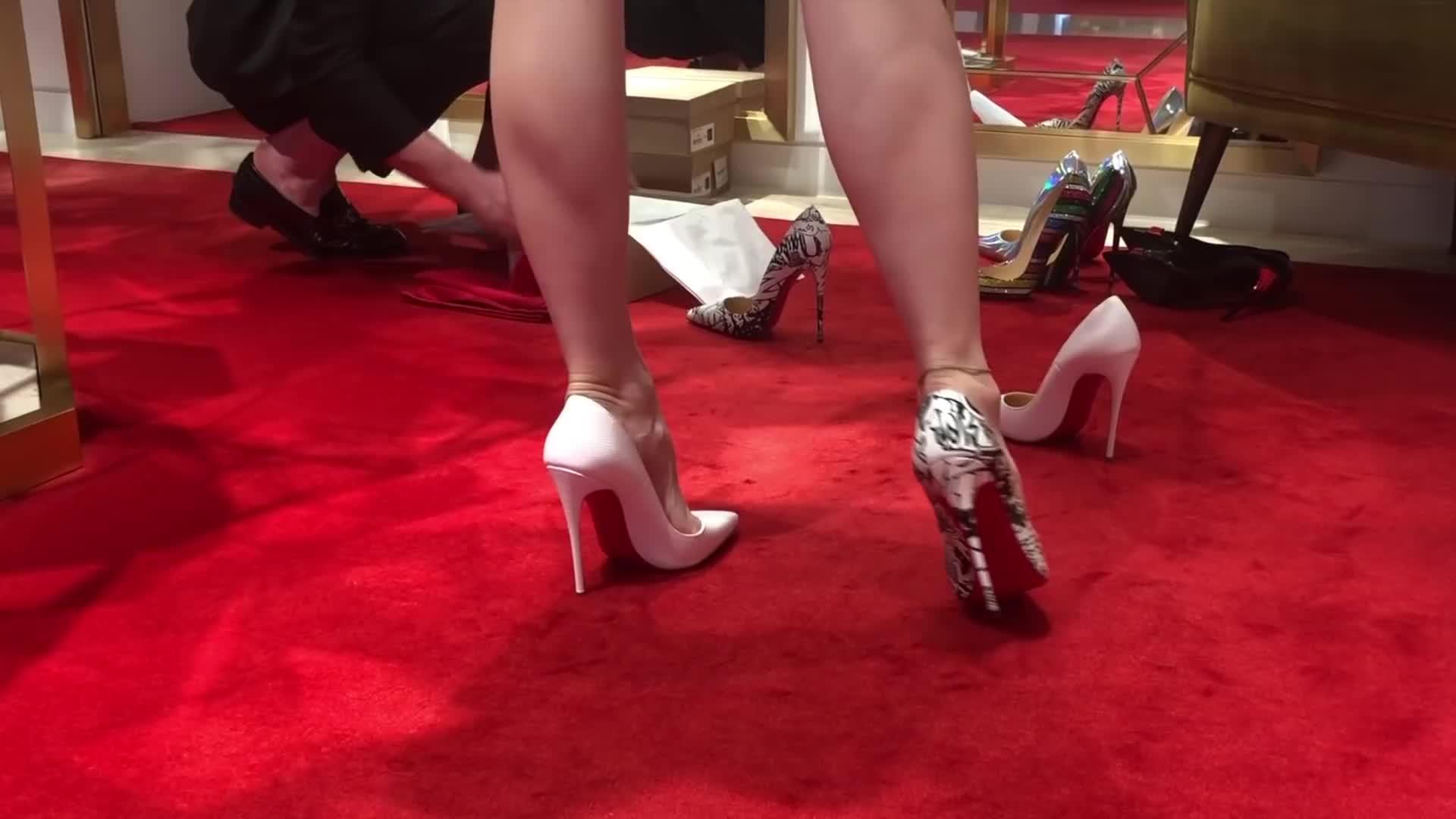 Bupshi - Louboutin shoe shopping - part 2